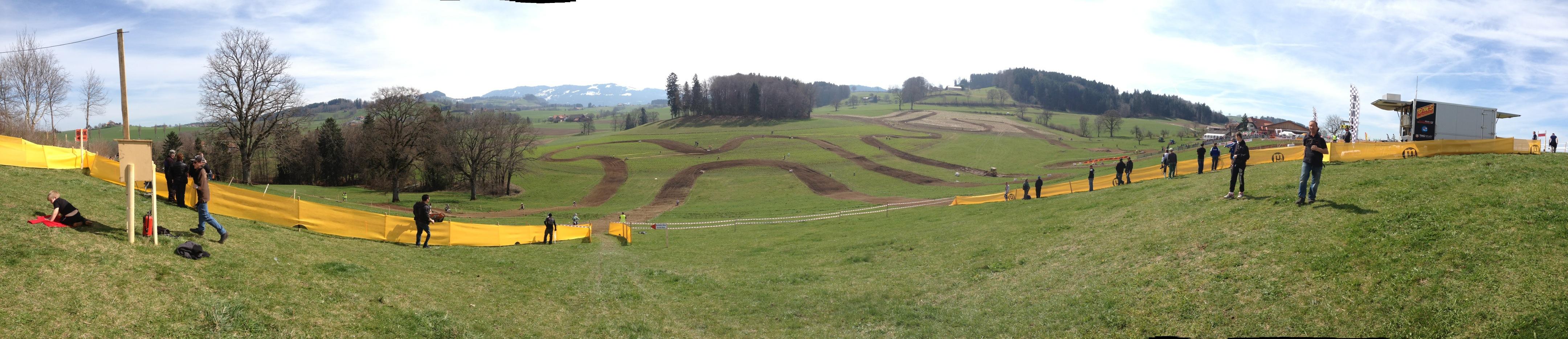 Die Strecke als Panorama, original noch viel besser....
