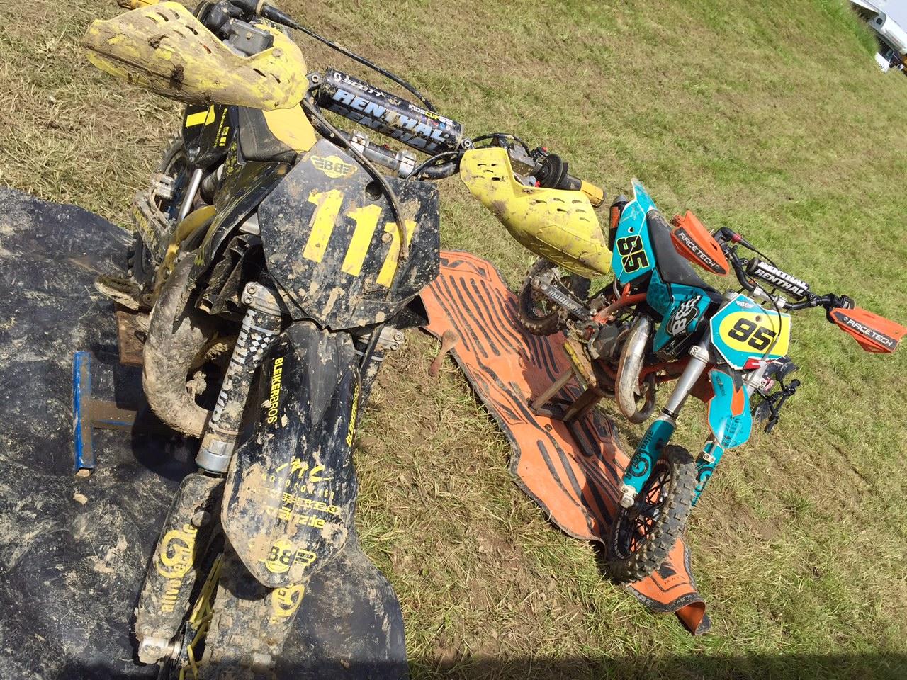 dreckige MX Motos