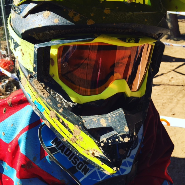 Madisons leuchtende Augen am Rennen der Catalunischen Meisterschaft